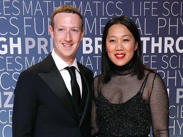 Facebook CEO, Mark Zuckerberg Marries