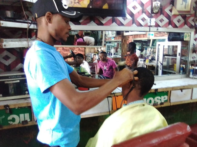 'People Are Afraid To Barb Now, They're Afraid Of CoronaVirus Says  Barbing Saloon Operator