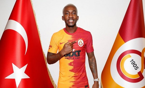 Onyekuru Rejoins Galatasaray On Loan