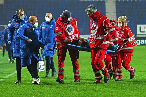 Osimhen Goes Unconscious, Rushed To Hospital After Napoli Defeat To Atalanta