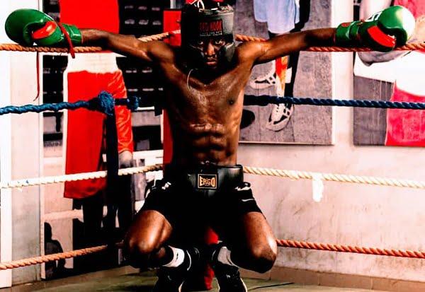 Ibadan Born Boxer, Adeoye Battleboy Wins First Professional  Bout In Ghana