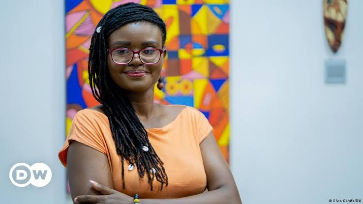 Nigerian Investigative Journalist Tobore Ovuorie Receives DW Freedom Of Speech Award 2021